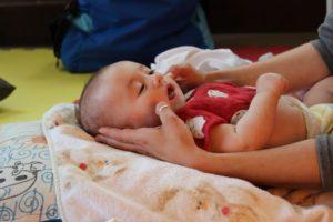 massaggio neonato